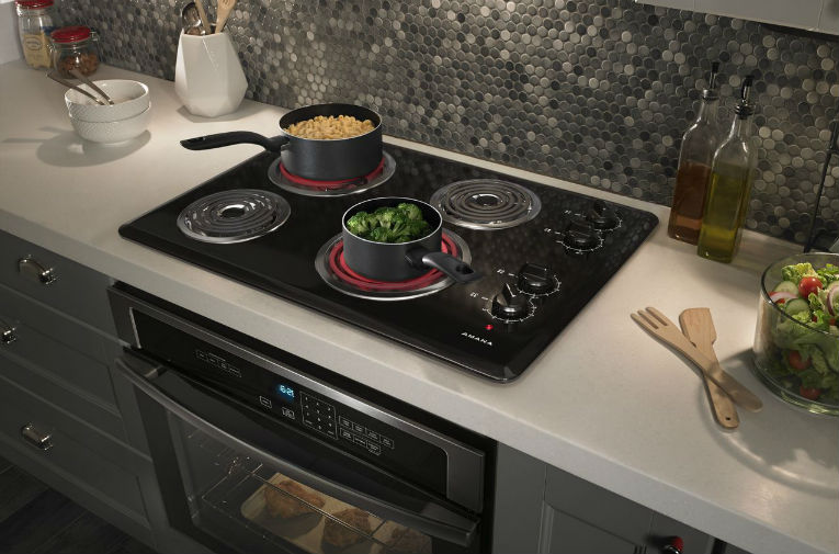 6 Common Electric Cooktop Repair Problems - Universal Appliance Repair